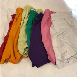 7 different colors, 7 Sofie shorts